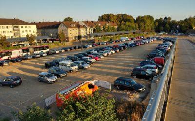 Kampf um die letzten kostenlosen Parkplätze am Opladener Bahnhof
